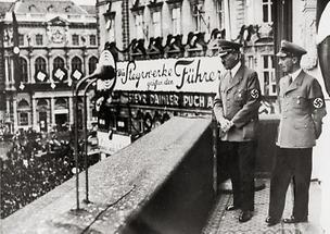Adolf Hitler und Josef Goebbels