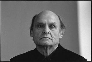 Der österreichische Künstler Oswald Oberhuber