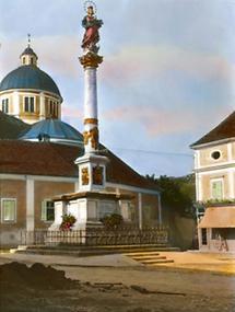 Mariensäule auf dem Hauptplatz in Pöllau