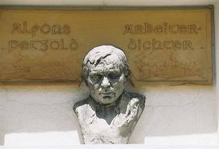 Alfons Petzold Denkmal