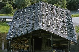 Holzdach  im Pongauer Heimatmuseum