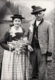 Bauernpaar bei Jubelhochzeit