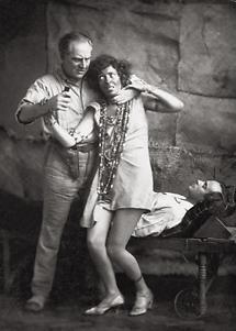 Arnold Korff und Cäcilie Lvovsky in Die weiße Fracht