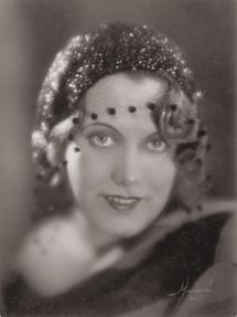 Portrait Maria Reining
