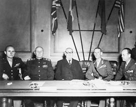 Karl Renner mit dem Alliertenrat