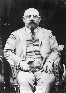 Karl Renner (2)