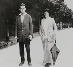 Egon Schiele und Wally Neuzil (2)