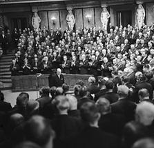 Adolf Schärf nach seiner zweiten Wahl