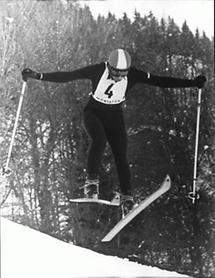 Erika Schinegger während der Fahrt