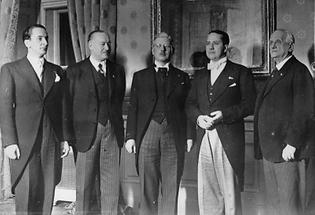 Dreierkonferenz der Rompakt-Mächte
