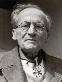 Erwin Schrödinger (1)