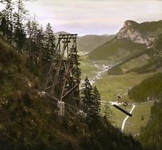 Bergseilbahn bei Schwarzau im Gebirge