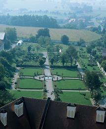 Barocke Gartenachse im Park des Stift Seitenstetten