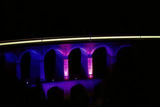 Semmeringbahn: Das beleuchtete Viadukt über die Kalte Rinne