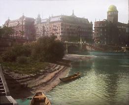 Die Einmündung des Wienflusses in den Donaukanal