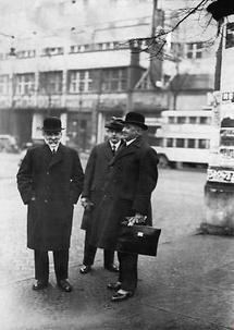 Ernst Streeruwitz, sein Sohn und Fritz Tilgner
