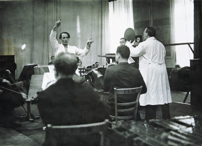 Richard Tauber in einem Berliner Tonstudio, © IMAGNO/Austrian Archives (S)