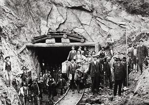 Eingang zum Unterbergstunnel
