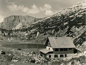 Pühringerhütte im Toten Gebirge