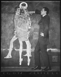 Egon Schiele vor seinem Gemälde