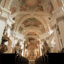 Innenansicht der Klosterkirche im Trappistenkloster