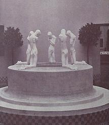 Brunnen mit fünf knienden Knabenfiguren