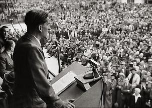 Herbert Kraus gründet gründet die vierte Partei