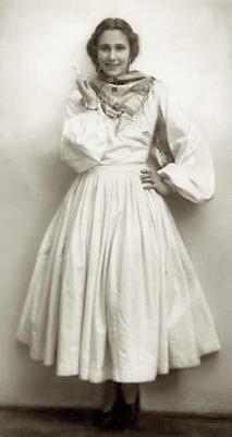 Grete Wiesenthal (1)