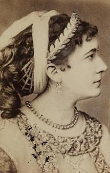 Portrait Charlotte Wolter (1)