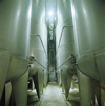 Tanks in einer Brauerei