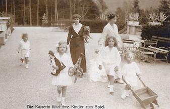 Kaiserin Zita und ihre Kinder