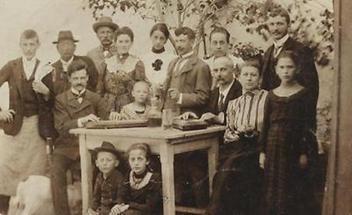 Gruppenportrait einer Familie