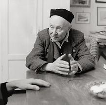 Alfred Kubin in seinem Haus in Zwickledt (2)