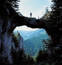 Felsbrücke zwischen Gsenger und Spielmauer bei Wegscheid