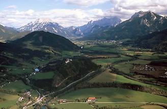 Ennstal - Frauenberg mit Kirche und Stift Admont