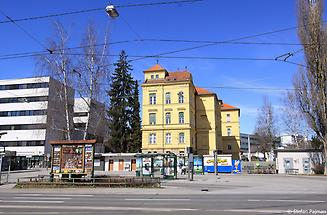 Riesplatz