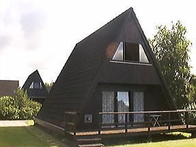 Nurdach-Ferienhäuser