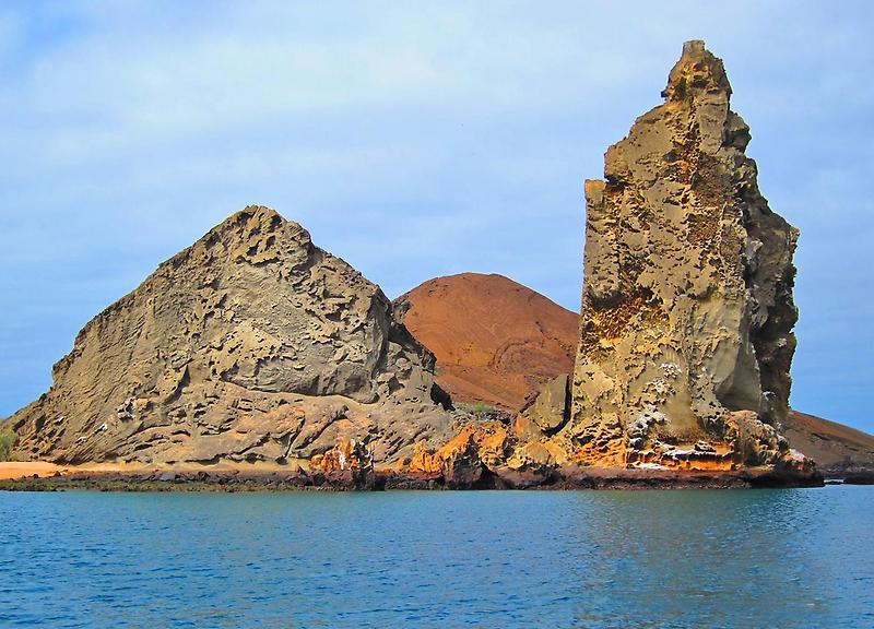 Bartholomew Islands Pinnacle Rock (2)