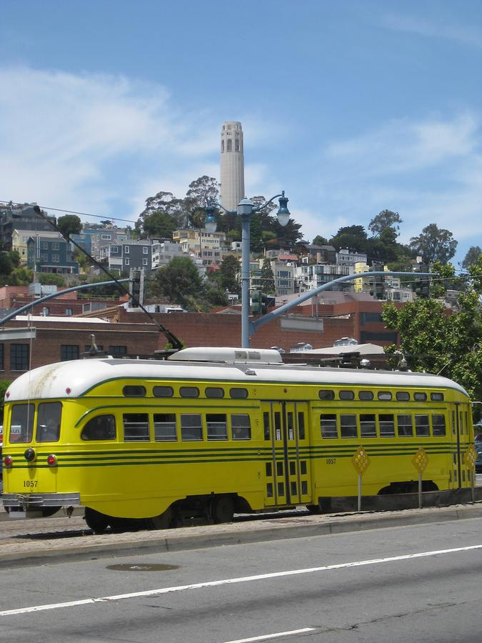 San Francisco Old Fashioned Streetcar & Coit Tower
