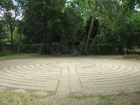 Sacramento Unitarian Universalist Society of Sacramento Labyrinth