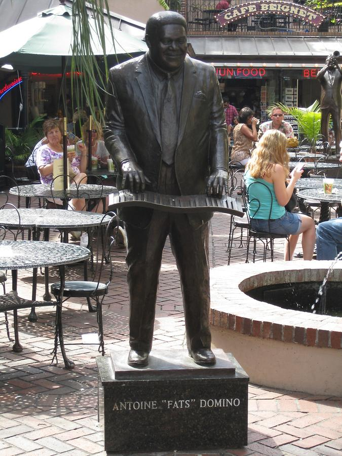 New Orleans Bourbon Street Fat Domino Statue