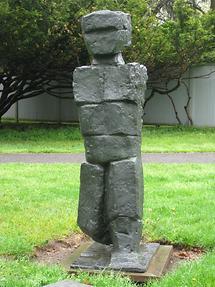 Cornwall-on-Hudson Storm King Art Park Man Walking von Fritz Wotruba