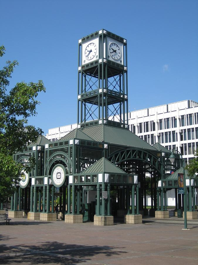 Memphis Downtown Streetcar Station