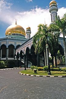 Jame Asr Hassanal Bolkiah Mosque (1)