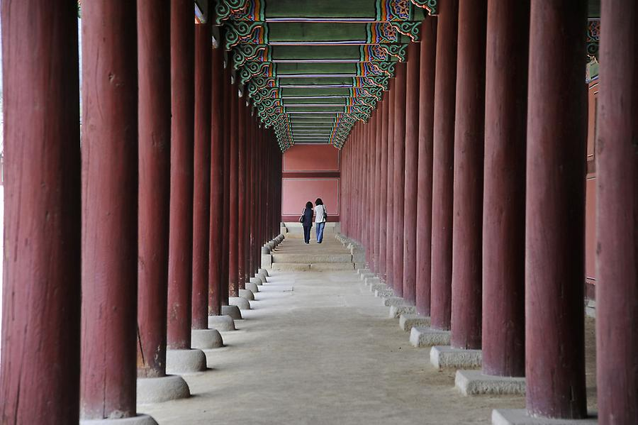 Gyeongbok throne hall (3)