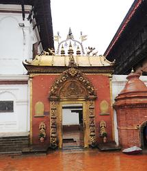 Bhaktapur Golden Gate (1)