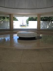 Memorial altar (1)