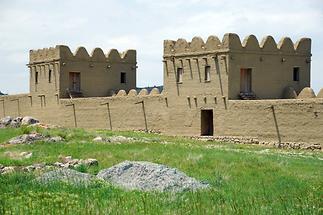 The City Walls of Hattusa (1)