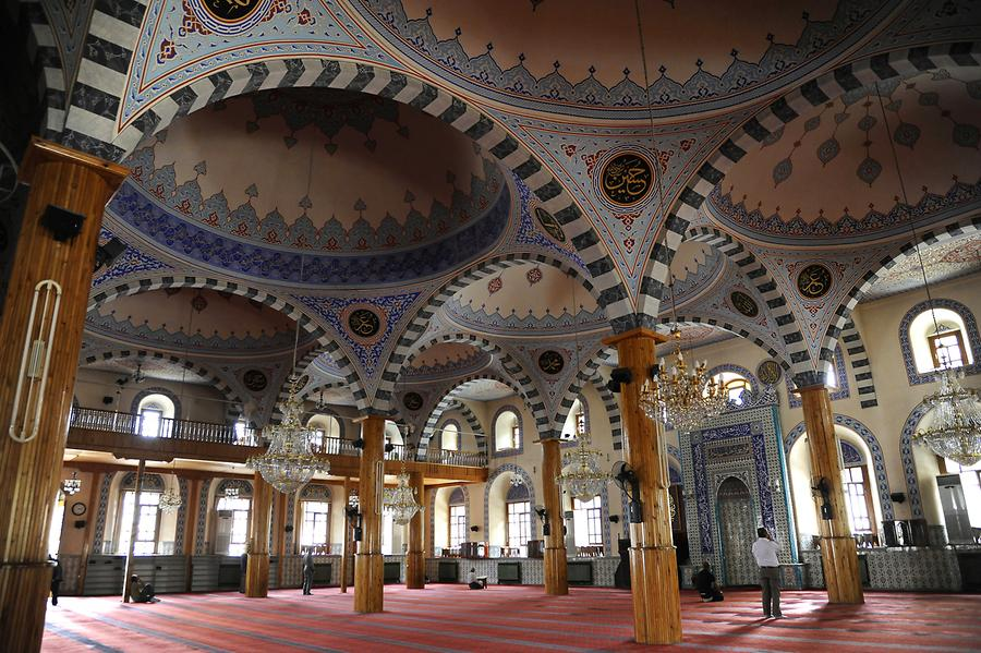 Interior of Iplikci Mosque