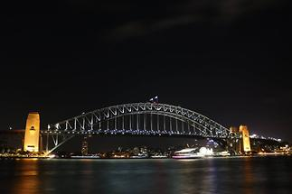 Sydney-Bridge at Night